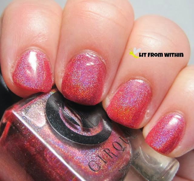 Cirque Vesuvius, a red-hot holo