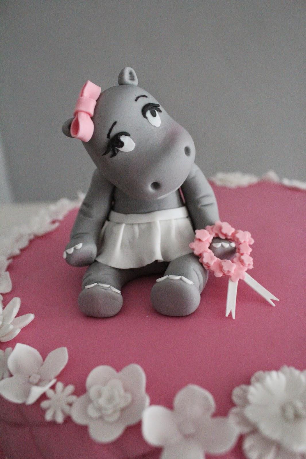 feines handwerk rosa hippo t rtchen f r eine zuckers e baby party. Black Bedroom Furniture Sets. Home Design Ideas