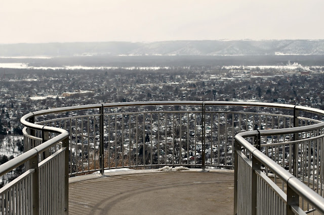 the lookout from Grandad Bluff overlooking La Crosse, WI