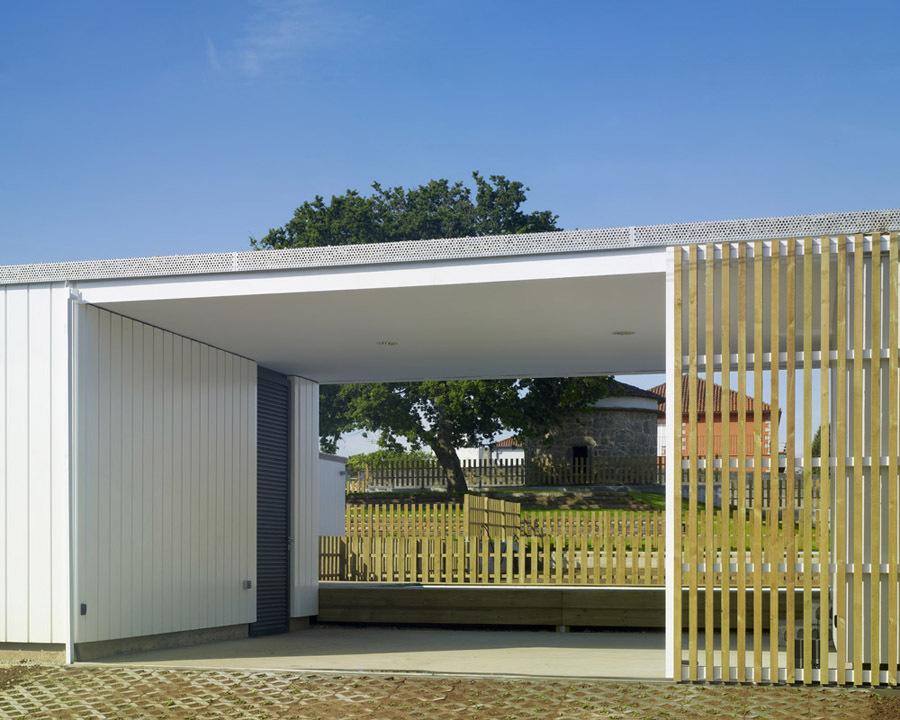 Galicia cool magazine casas modulares en bertamirans - Casas prefabricadas coruna ...