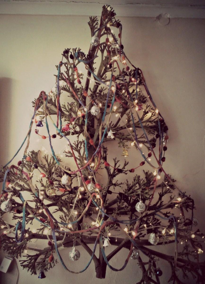 Vuelan golondrinas rbol de navidad con ramas - Arbol de navidad con ramas ...