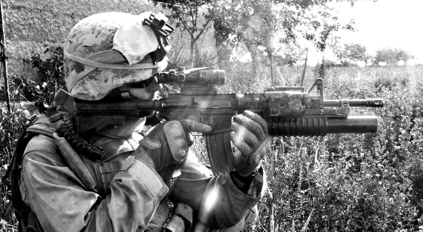 Awesome m4 carbine and girls hd wallpapers desktop wallpapers - Awesome army wallpapers ...