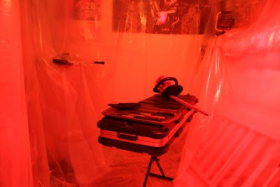 Brilliant Dexter Kill Room Prank Seen On www.coolpicturegallery.us