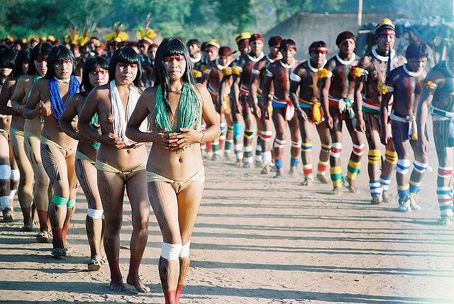 Khám phá bộ tộc thổ dân Yawalapiti thích ở truồng 3