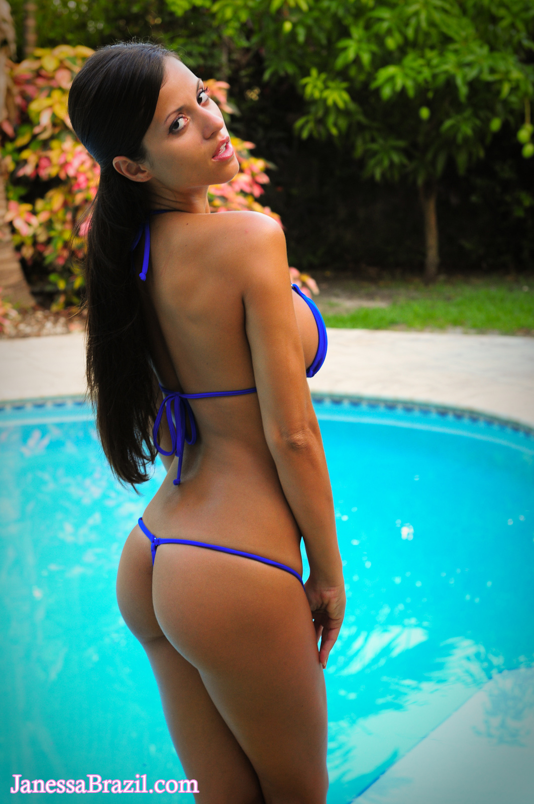Hottie cools off by the pool - 3 part 9