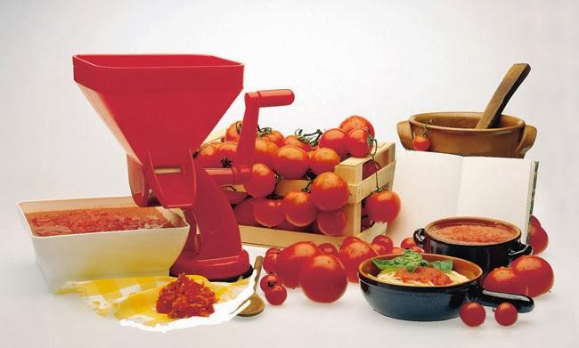 Chegou no Brasil a Passa Pomodoro Master...Polpa de Tomate de um lado e pele e semente do outro.
