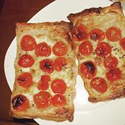 Tartaletas de tomate cherry y queso