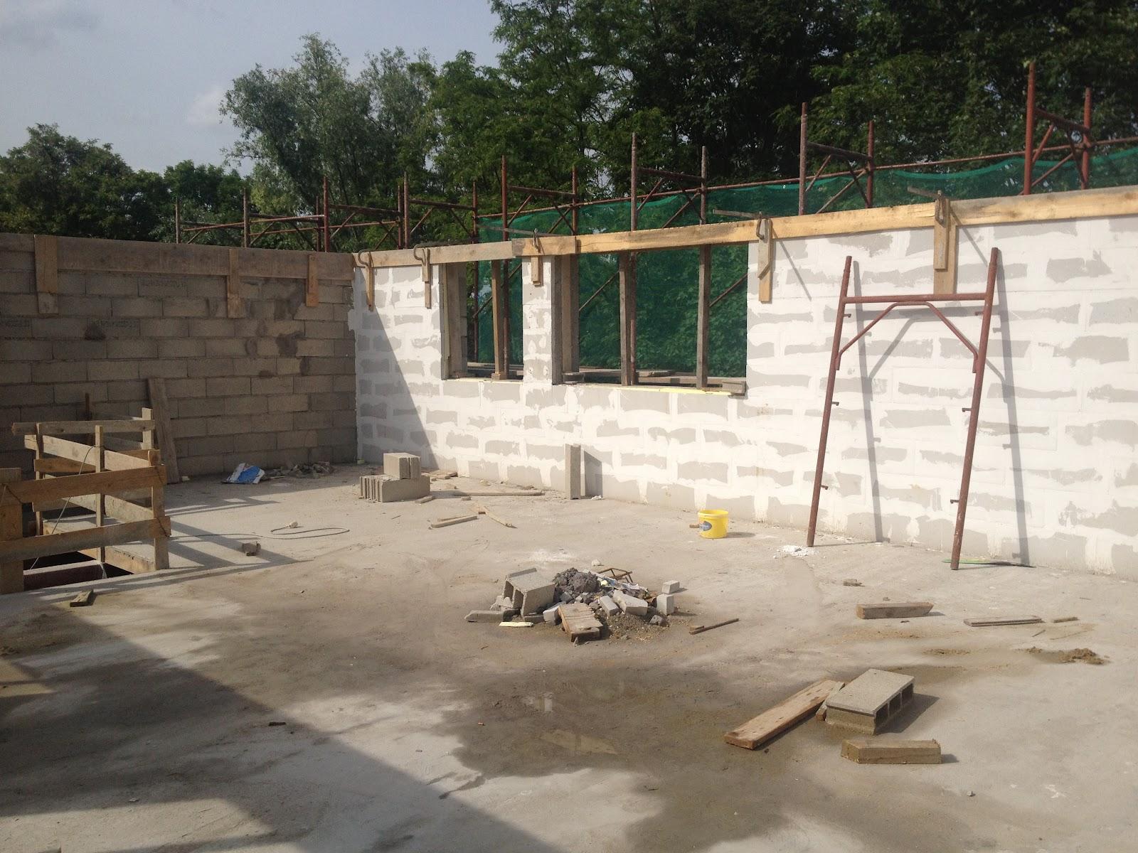 Maison bbc siporex et parpaing architecte maison bois for Maison parpaing bois