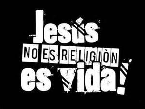 ¿Quién es el que vence al mundo sino el que cree que Jesús es el Hijo de Dios? 1 Juan 5:5