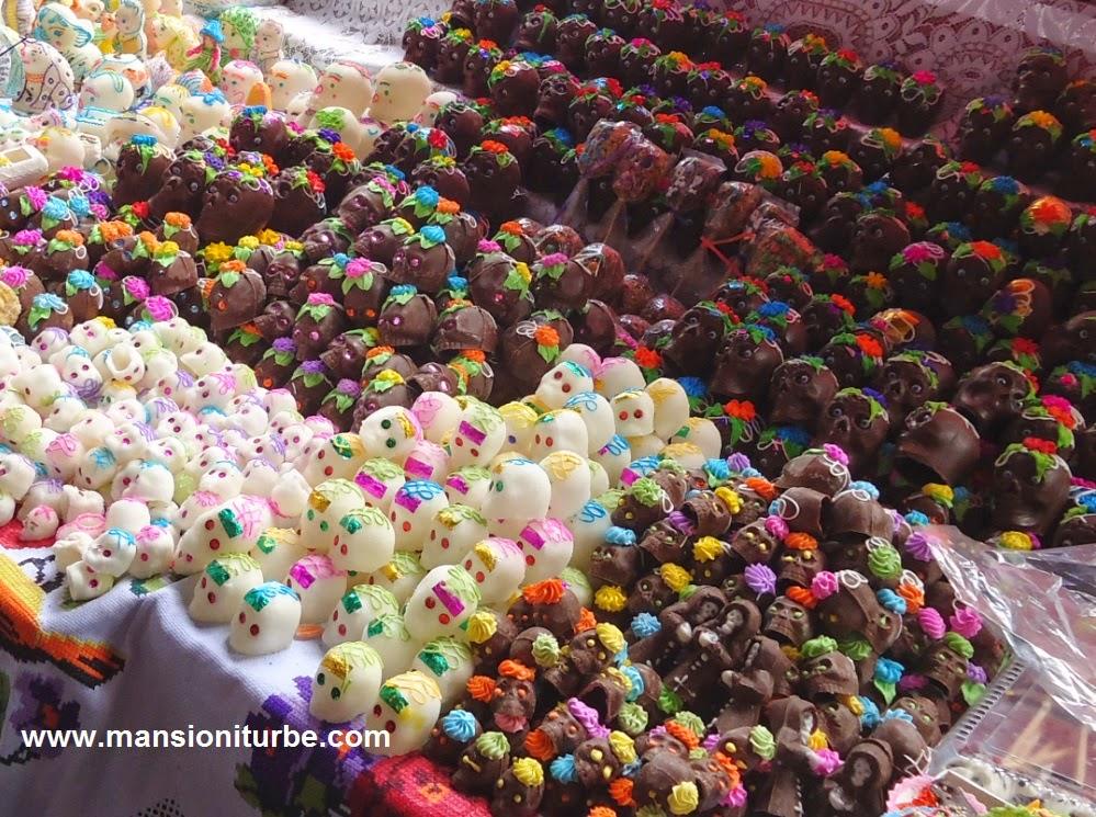 Calaveritas Mexicanas de Azúcar y Chocolate en Pátzcuaro