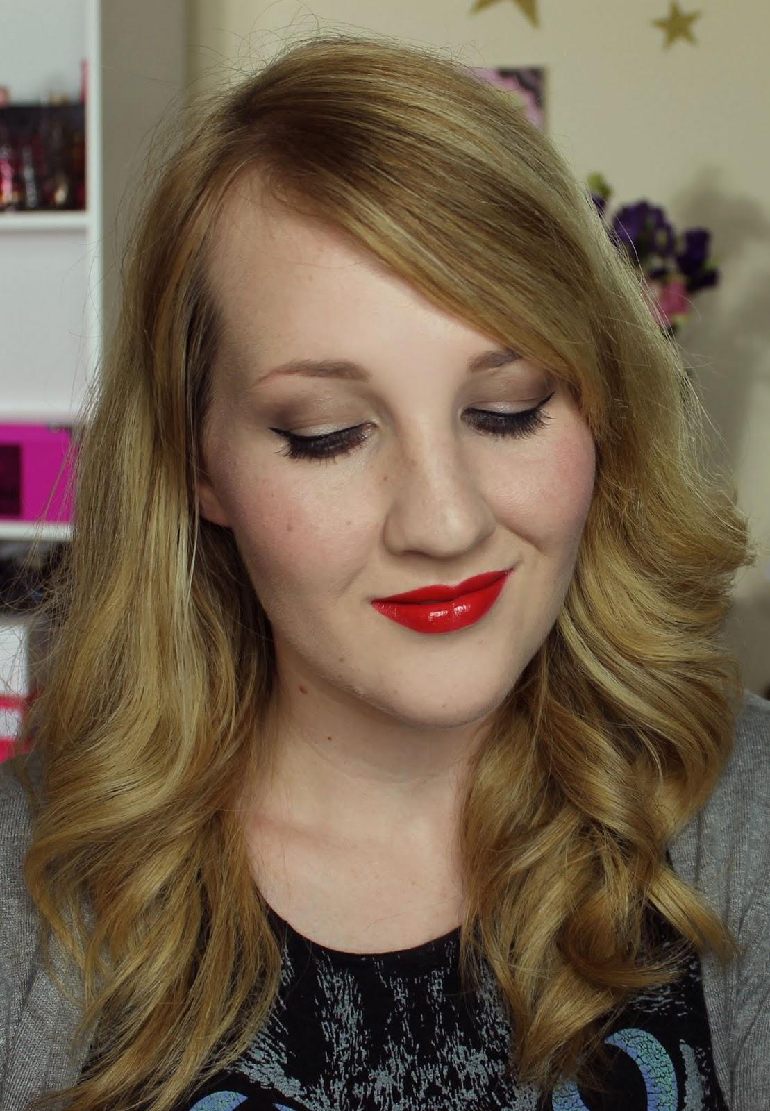 ZA Vibrant Moist Lipstick - RD444 swatches & review