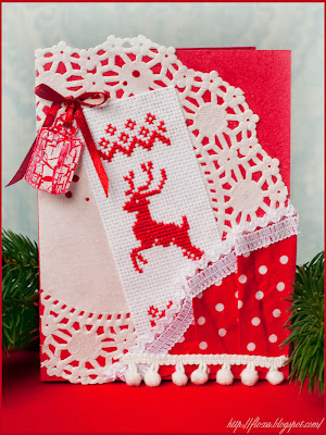 вышивка и скрап, вышивка олень, новогодняя откытка с оленем, открытка с вышивкой, олень красный, открытка красный цвет