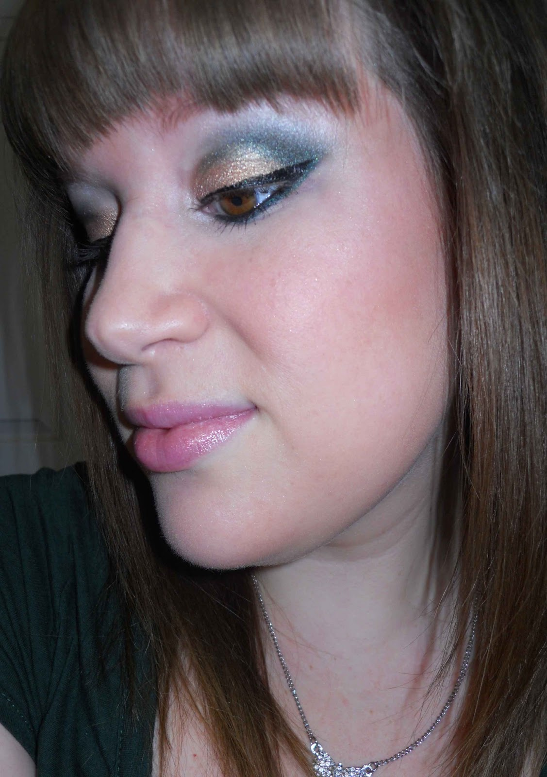 Tutorial gold green cut crease step by step bierbunny i started by priming my eyes with nyx hd eye shadow base then applied maybellines color tattoo in bad to the bronze you dont have to use this baditri Image collections