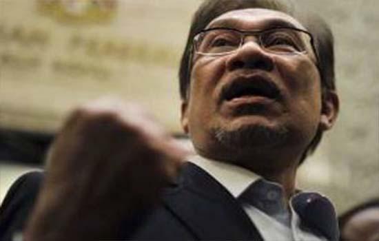 Anwar pertahan tindakan Tun Mahathir