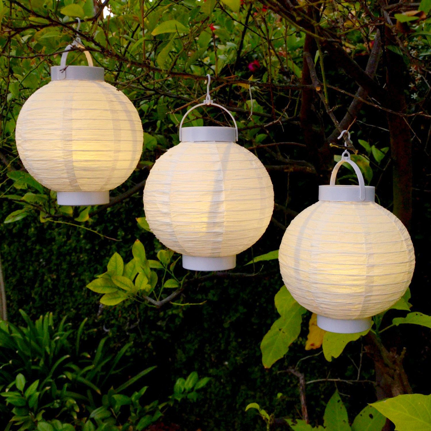 October Evenings Outdoor Lighting Ideas For You