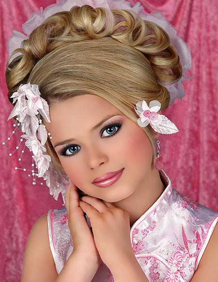 Glitz Pageants in Louisiana http://mushy-peas-for-tea.blogspot.com/2011/04/go-glitz.html