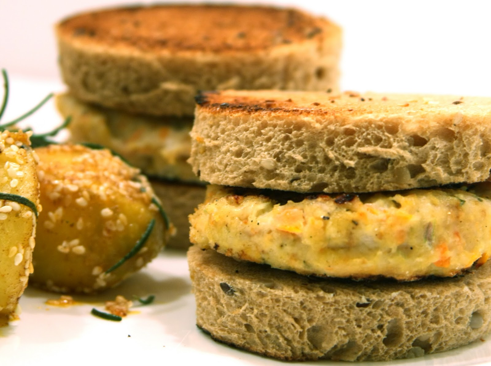 ... - Cooking & Traveling in Italy and Beyond: Chicken Parmesan Burgers