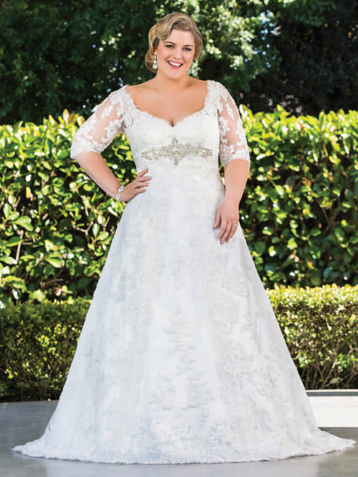Don\'t Be Shy to Wear Your Plus Size Lace Wedding Dress