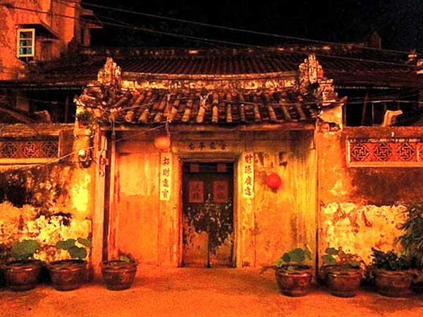 เรือนทั่งง่วนฮะ โรงน้ำปลาชาวจีนอายุกว่าร้อยปี