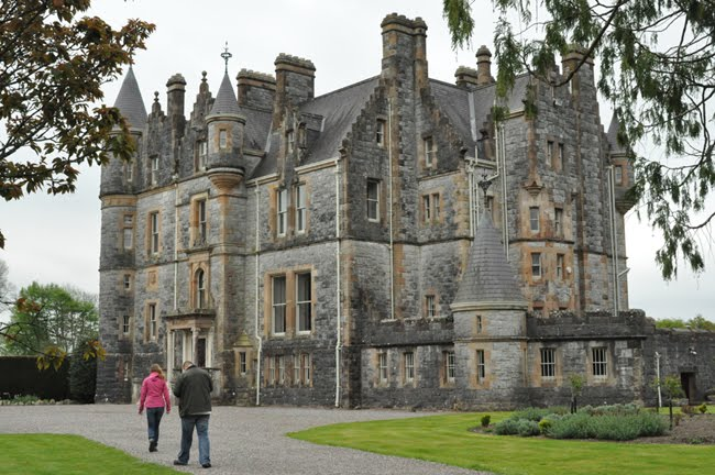 Plan your escape world travel adventures unhook now for The blarney house plan