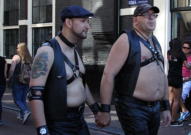 Pariade gay en amsterdam