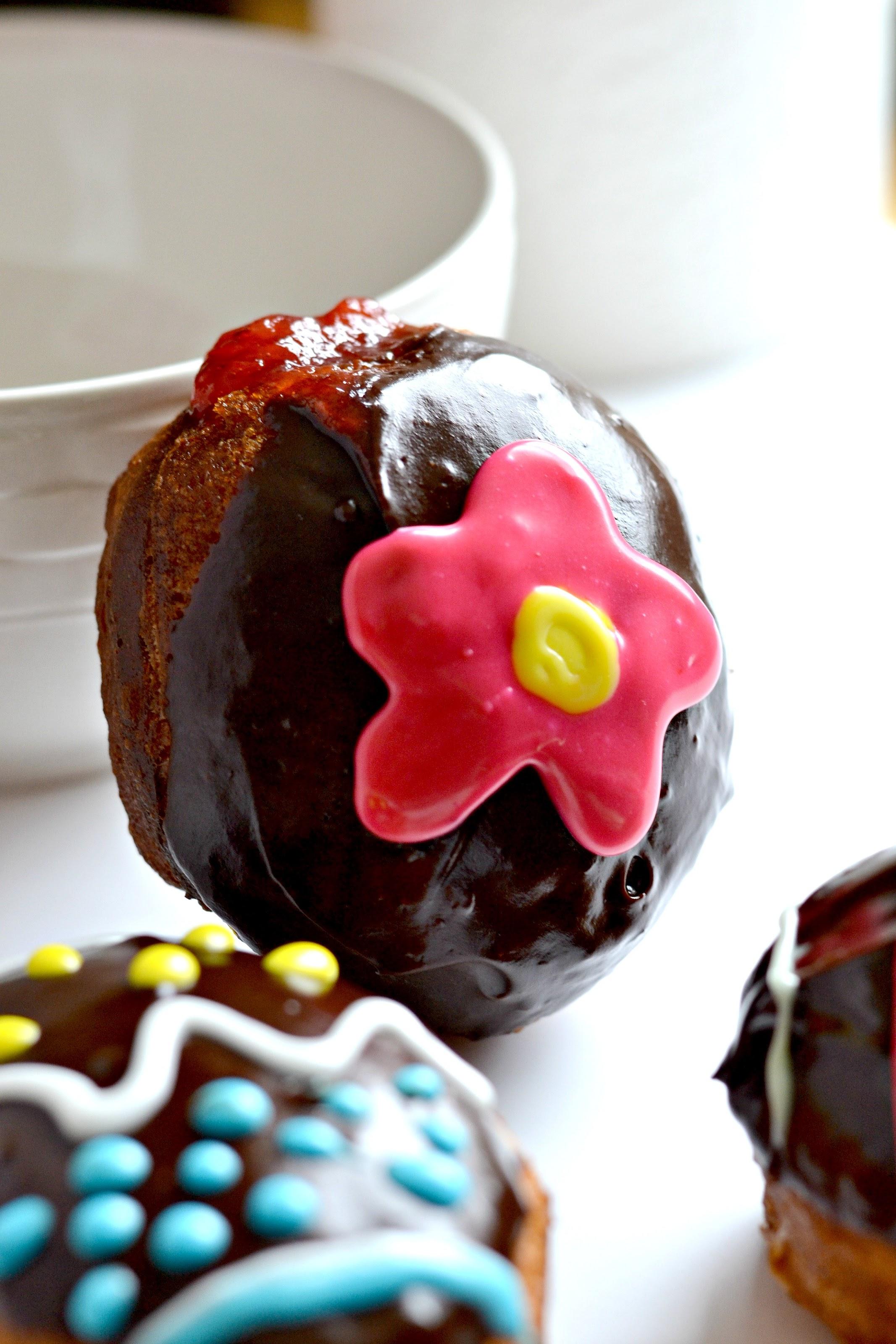 by easy jelly doughnuts easy jelly donut holes 1 yummy tummy jelly ...
