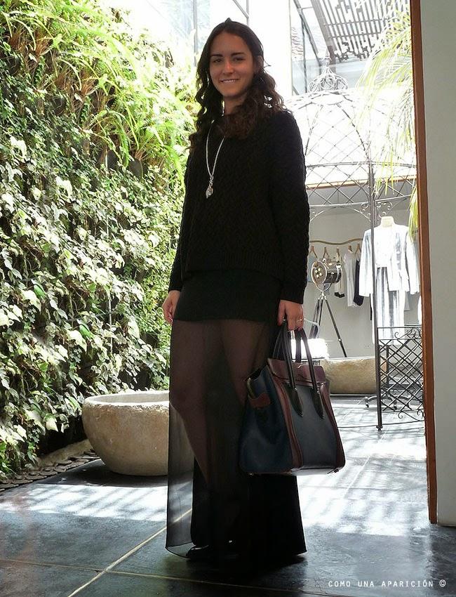 como-una-aparición-women-fashion-black-celine-bag-moda-street-style-bogotá