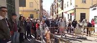 Concentración vecinal en calle Genciana contra el abandono de los barrios de Tetuán