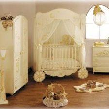 Imbiancare casa idee idee per imbiancare e decorare la for Parete cameretta bambina