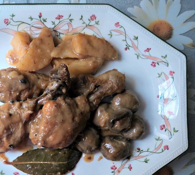 pollo, patatas, cebolla, salsa, receta, casera, olla rápida, fc