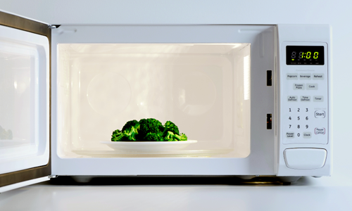 If You Don't Mind Cancer Causing Radiation Passing Through Your Food, Keep Using A Microwave