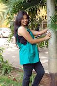 Actress Anjali New Photos, Anjali hot photoshoot stills-thumbnail-12