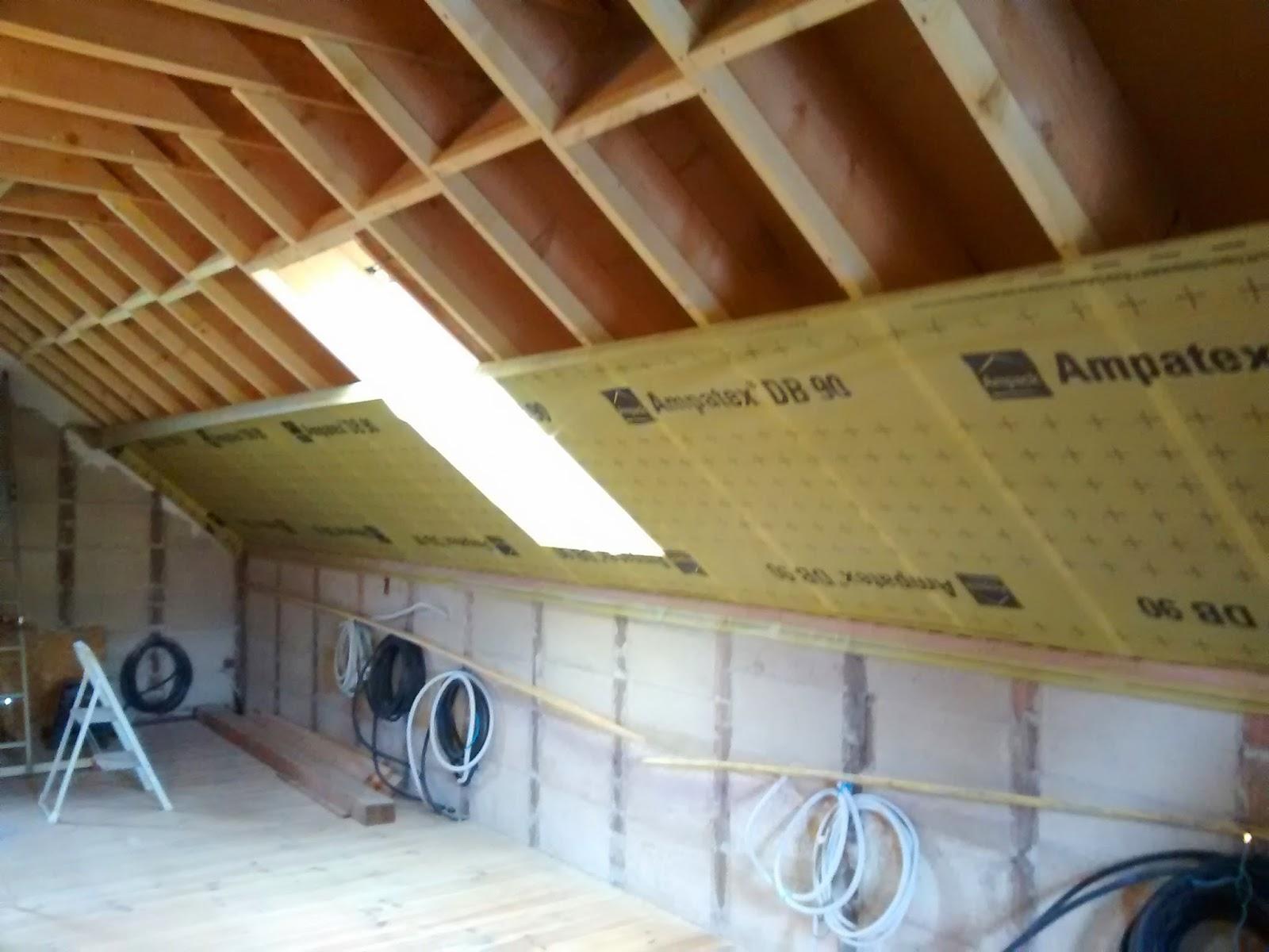 autoconstruction bois et paille en vall e d 39 ossau 64 isolation toiture mise en place du. Black Bedroom Furniture Sets. Home Design Ideas