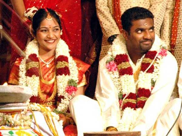 unseen pictures of cricketing greats asian cricketers On k muralidharan wife