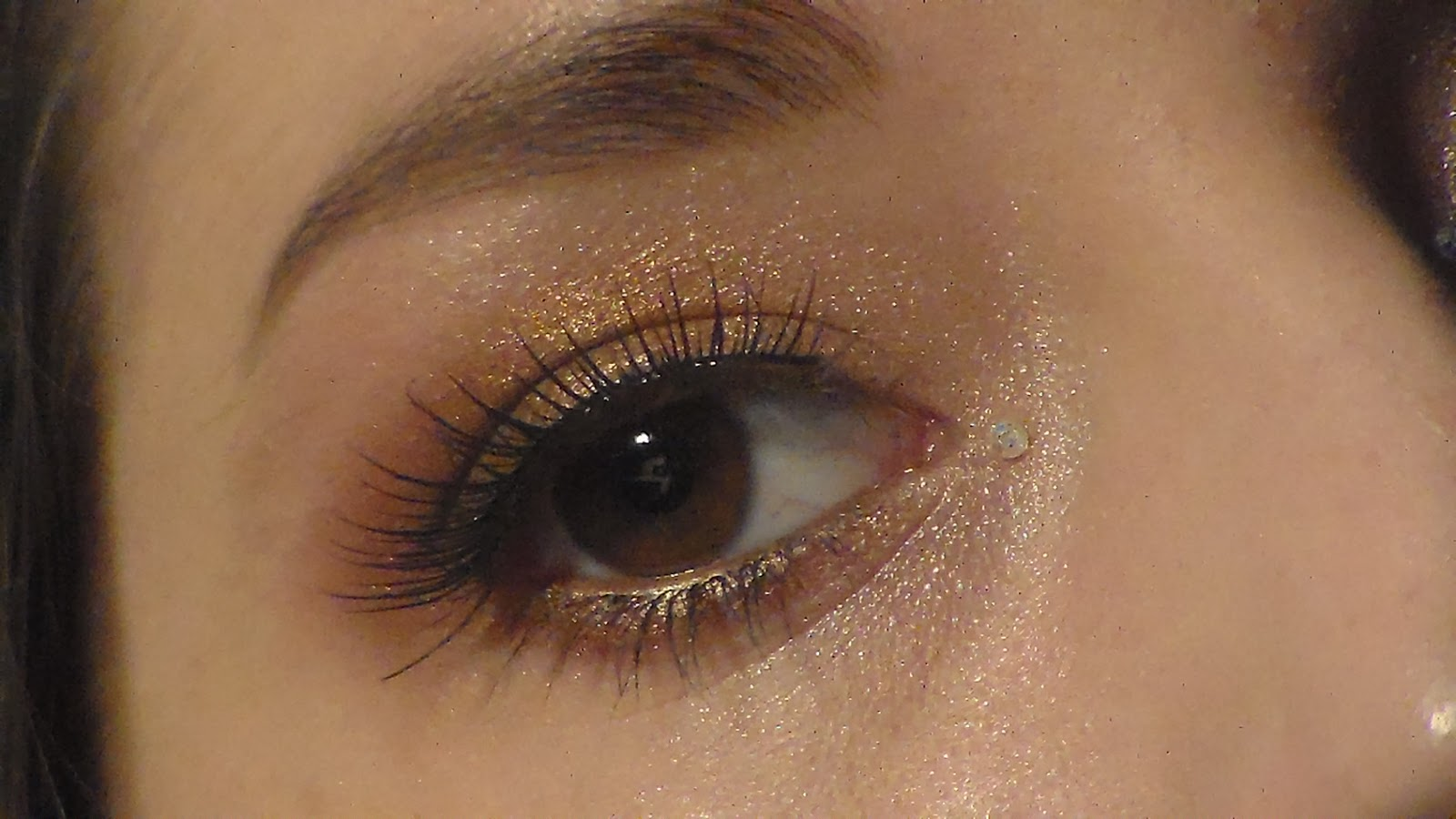 thealeromyworld makeup tutorial expensive gold xmas makeup