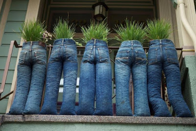 created by tom ballinger at upcycled garden style a unique and quirkey way to use up old jeans tie legs with string and line with bin liners