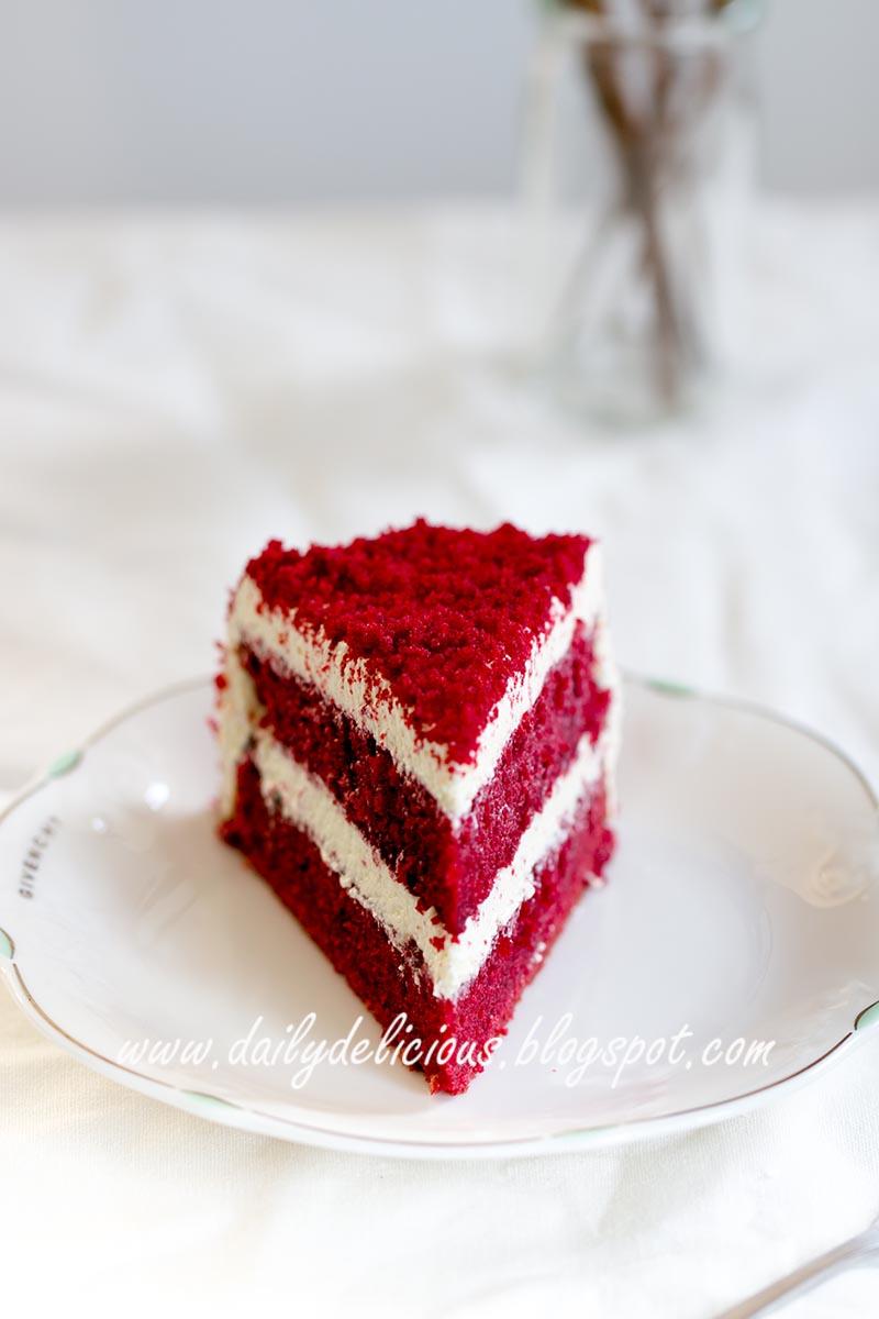 Dailydelicious Red Velvet Cake With Milk Buttercream