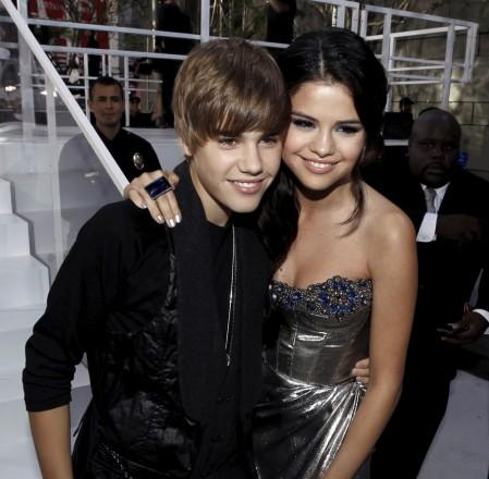 selena gomez and justin bieber 2011. Selena Gomez and justin bieber