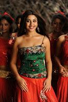 Richa Gangopadhyay Hairstyle