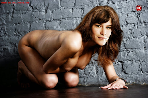 FotosNua.Com Priscila Fantin nua pelada sem nada
