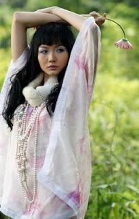alena caroline gunawan beautiful indonesian singer