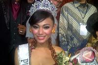 photo  Whulandary Herman Putri Indonesia 2013