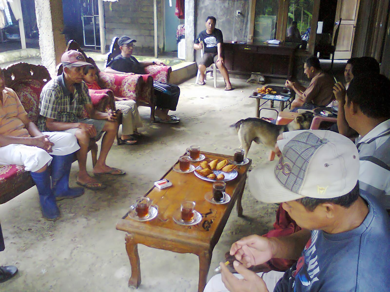 rapat pengurus dan anggota pokdakan tolutug mandiri kelurahan gogagoman kota kotamobagu