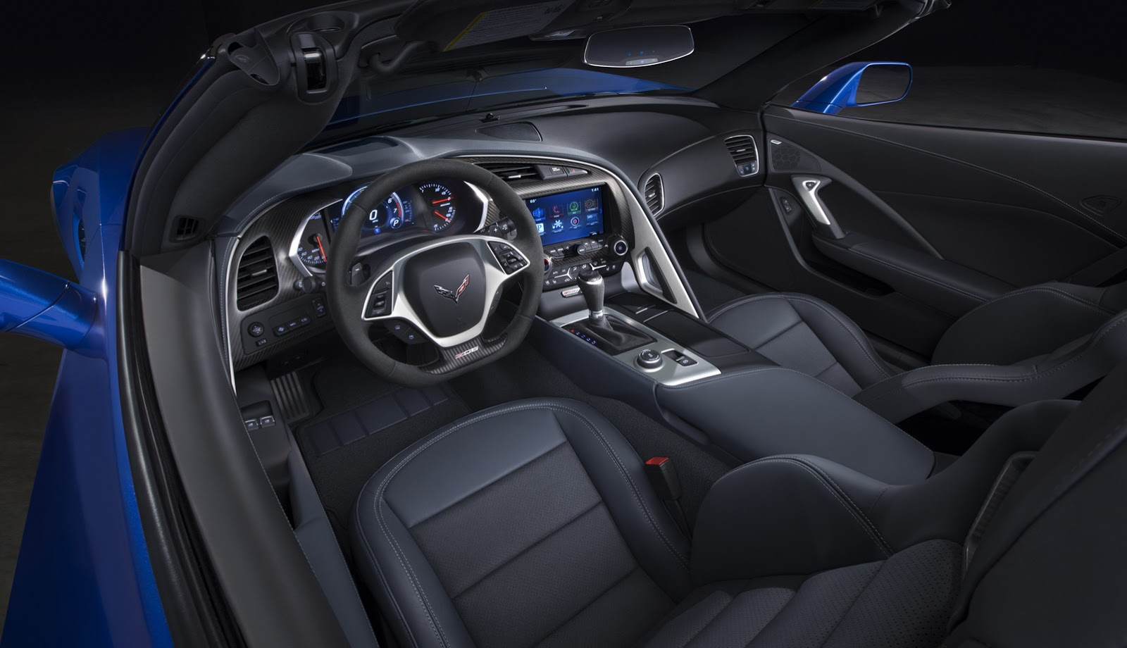 new 2015 corvette stingray z06 is bloody fast  hits 60mph in 2 95 seconds