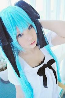 Irori Cosplay as Vocaloid Hatsune Miku World is Mine