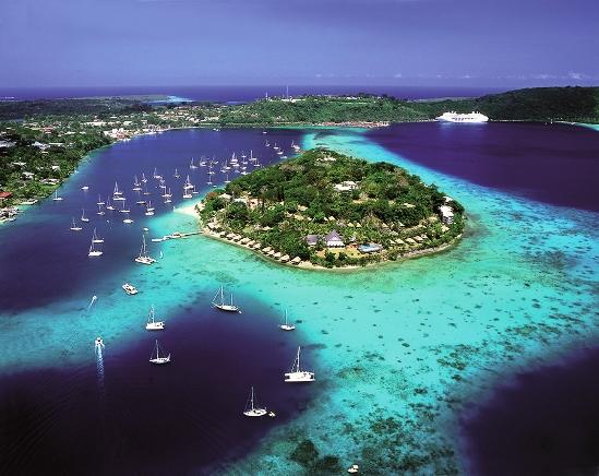 Blue Hole  Isla de Espíritu Santo Vanuatu travel