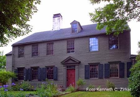 Casa americana de madera siglo 18 restaurada estilo georgiano