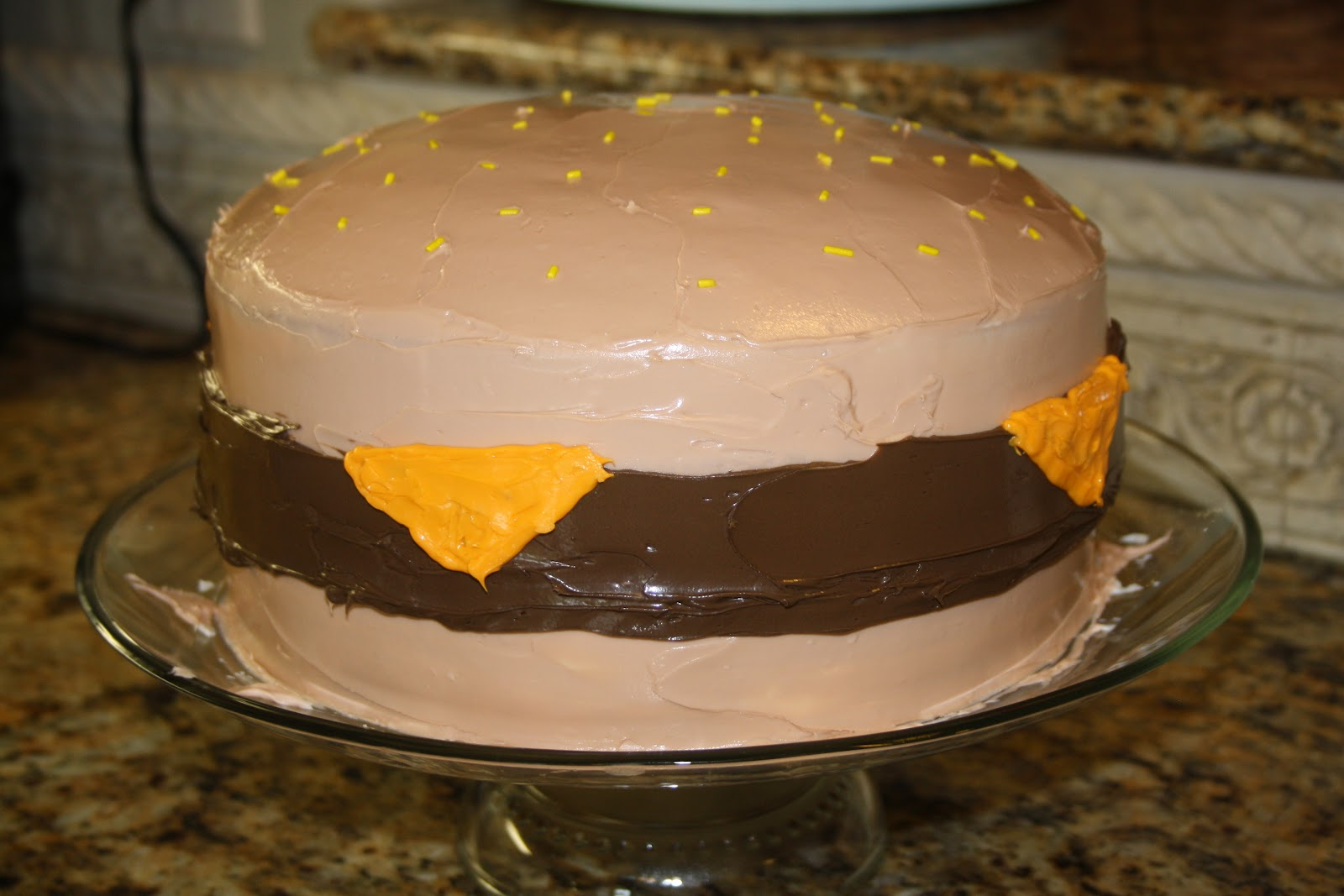 Jillycakes Plain Cheeseburger Cake 92010