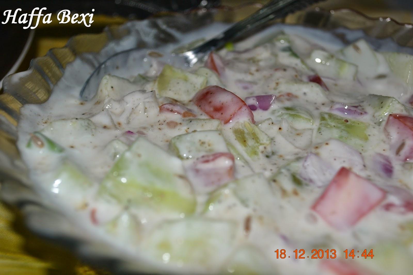 Diet recipes, salad mixed with yoghurt dip, salads, Sauces & Chutneys, weight loss recipes, Yoghurt dip, salad recipes, salads recipes, yogurt dip, yogurt salad dressing,