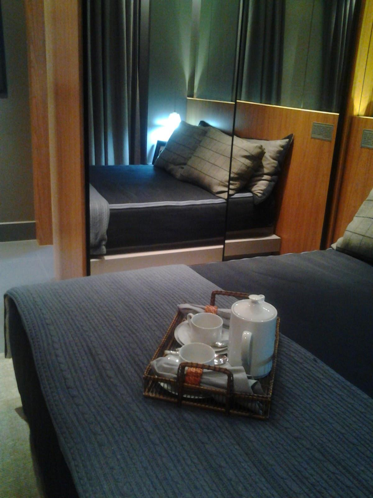 Imagens de #2D829E Decora Inova : Apartamento moderno de 55 m²: um mix de materiais bem  1200x1600 px 2866 Box Banheiro Jf
